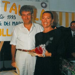 1993 - Ghilardo Guidi premia Flavia Mercatali - Bagno Roma Levante, Forte dei Marmi