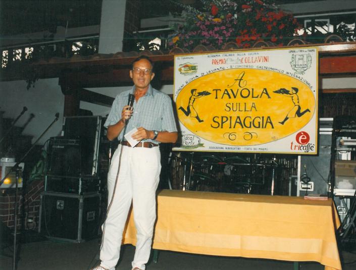 1994 - Forte dei Marmi, La Capannina - Paolo Petroni, scrittore, e allora consigliere nazionale dell'Accademia Italiana della Cucina