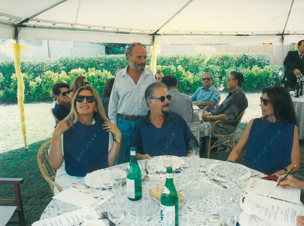 Anno 1994 clicca per scoprire a tavola sulla spiaggia - Botero il bagno ...