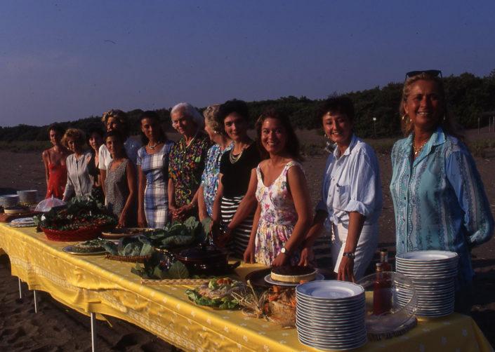 1996 - Marina di Castagneto Carducci, spiagga Le Sabine - Le concorrenti