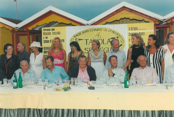 1997 - Forte dei Marmi, bagno Roma Levante - La Giuria con alcune concorrenti
