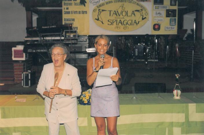 1999 - Forte dei Marmi, La Capannina - Anna Brosio e Irene Thaon de Revel