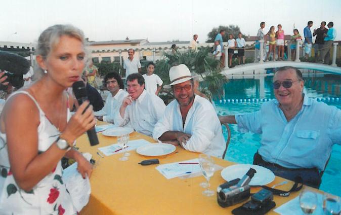 2000 – Forte dei Marmi, bagno Roma di Levante - Irene Thaon de Revel intervista la Giuria