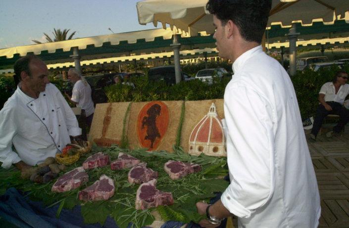 2001 - Forte dei Marmi, bagno Roma Levante -bistecche di Chianina