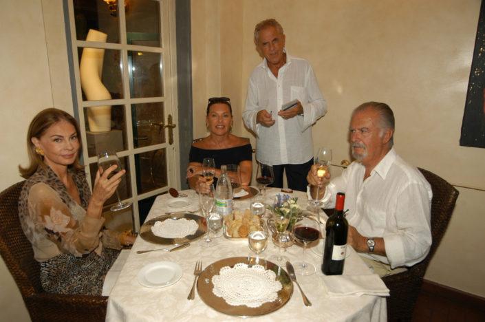 2004 - Forte dei Marmi, bagno Roma Levante - Sophie Vari, Flavia Mercatali, Lorenzo Viani, Fernando Botero