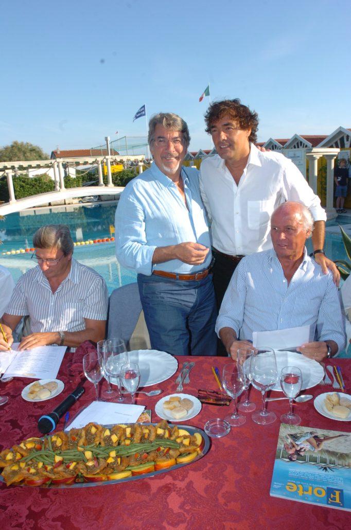 2005 - Forte dei Marmi – bagno Roma di Levante Sindaco R. Bertola, Marco Columbro, Massimo Giletti, Giancarlo Aneri OK
