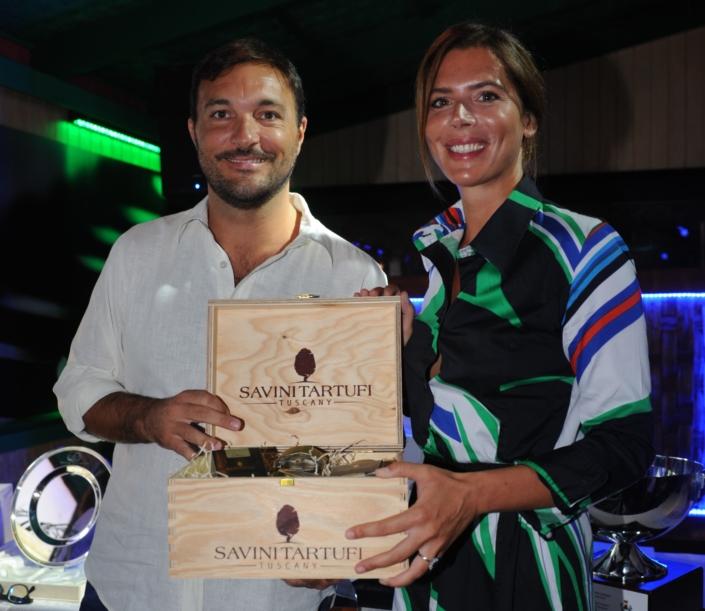 Cristiano Savini premia Gaia Franceschi